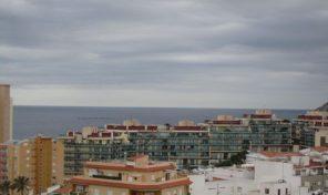 Квартира с видами на море в Кальпе